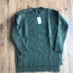 Brand NWT Forever 21 sweater in olive
